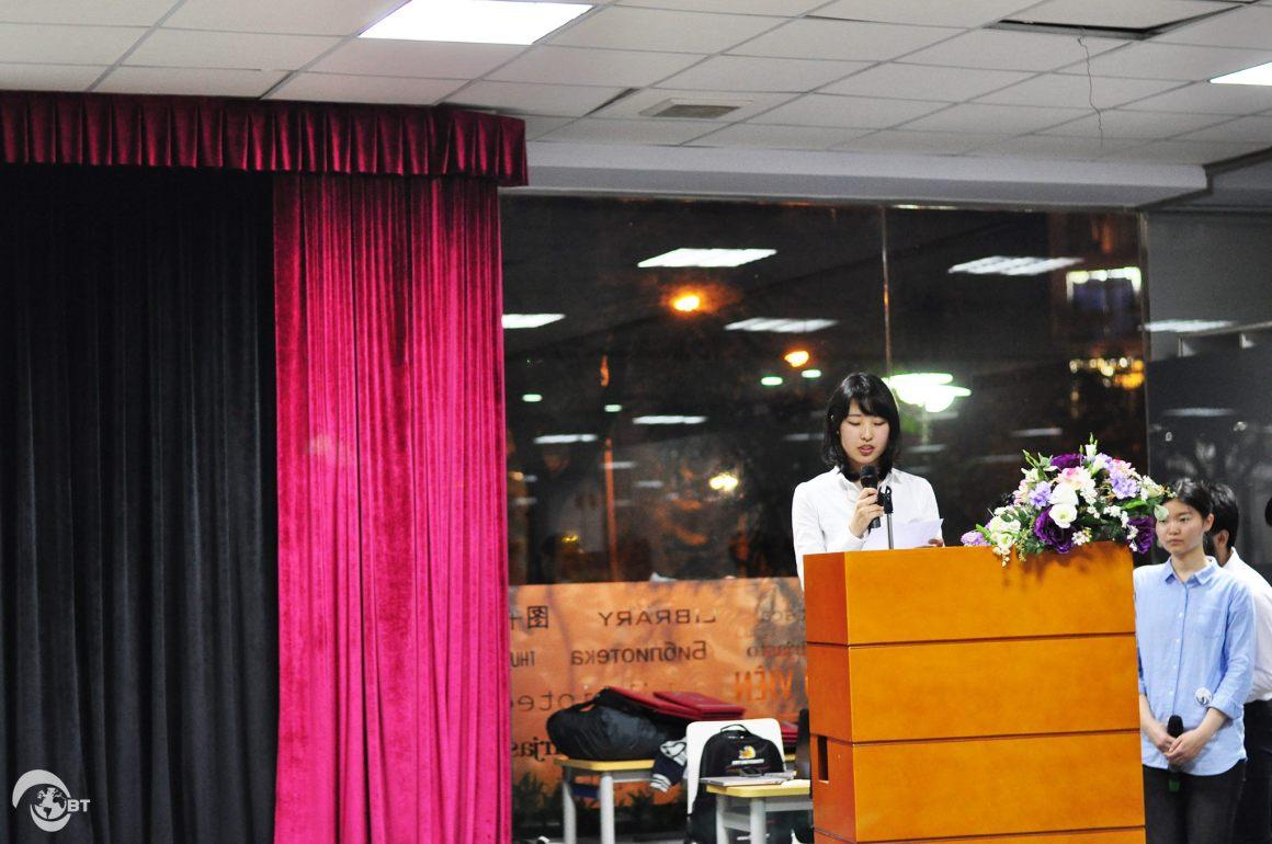 Phát biểu tại buổi lễ, đại diện đoàn sinh viên Đại học Shinshu, bạn Hirose Mutsumi nhấn mạnh về khoảng thời gian học tập và thực tập hiệu quả và ấn tượng tại Đại học FPT.