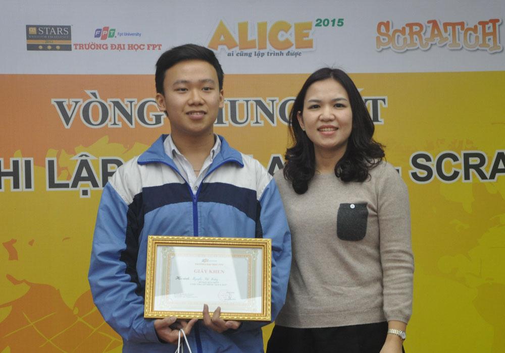 Lào Cai bội thu giải thưởng tại Chung kết Alice toàn quốc 2015